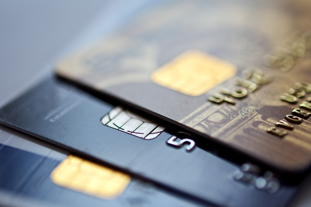 How to Put Up Personal Defenses and Avoid Falling Victim to Identity Theft!